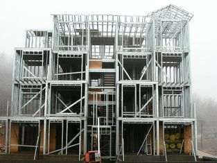 China Rapid Site Construction Structural Steel Fabrications Warehouse In Precise Calculation / Pre-assembly supplier