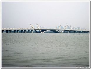 China Custom Hot Dip Galvanized Pre-engineered Prefabricated Structural Steel Bailey Bridge supplier