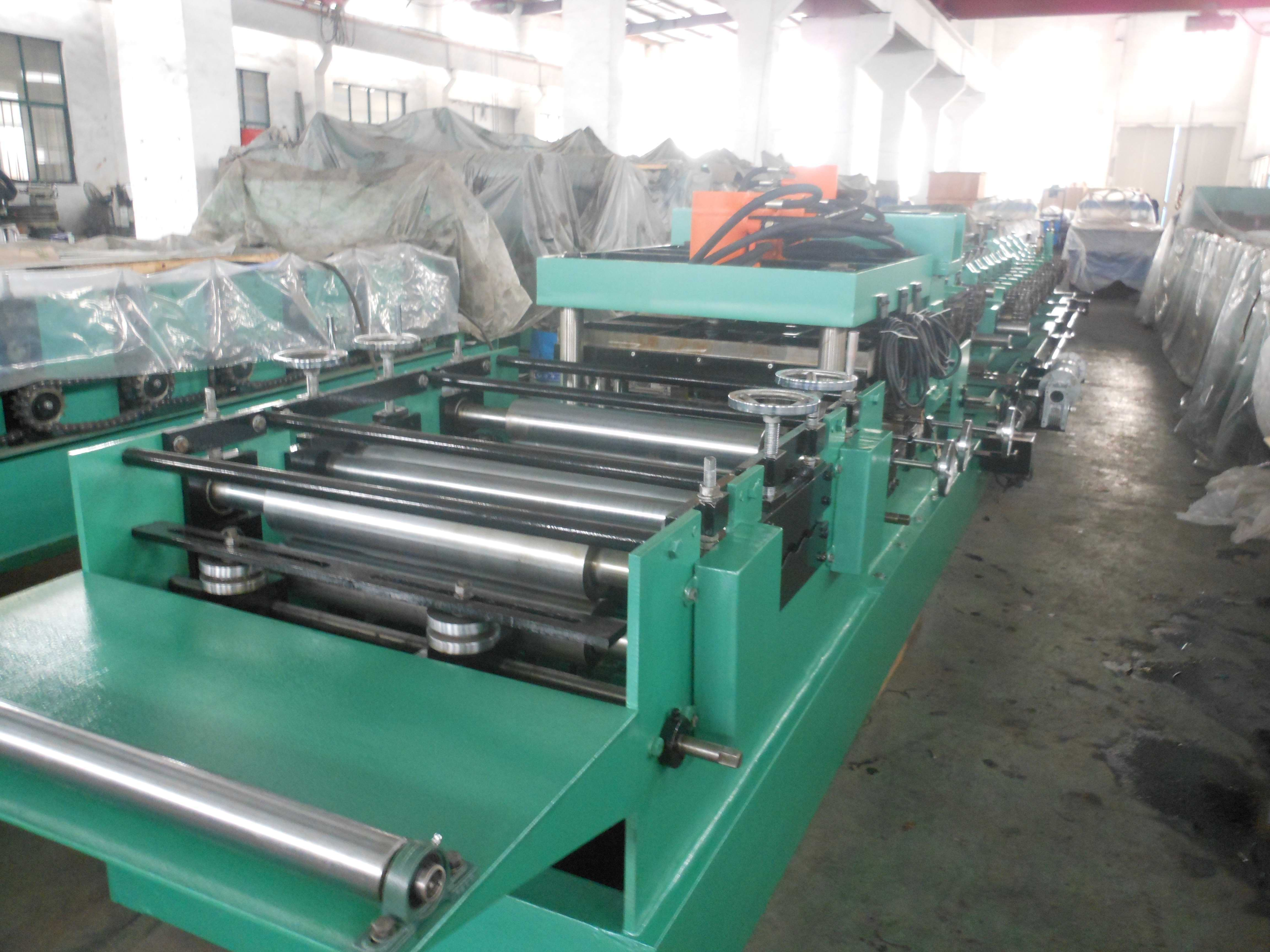 Z Purlin Cold Roll Forming Machine